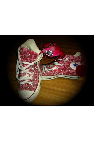 pink Ebay accessories - red Converse shoes - red handmade earrings