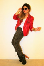 heather gray Zara pants - red Forever 21 jacket - white new look top