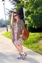 nude floral dress H&M dress - olive green parka new look jacket