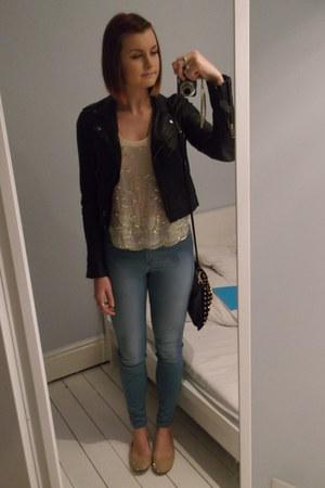 Topshop jacket - River Island jeans - Topshop bag - Newlook vest - Zara flats