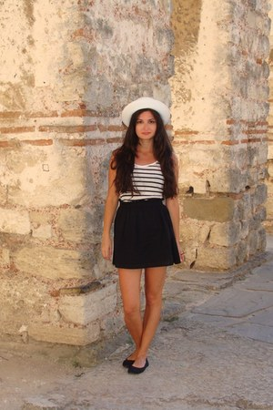 white marine something hat - black Bershka skirt