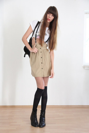 black Buffalo boots - camel Zara skirt