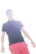 pink shorts - black Primark top - black Ray Ban sunglasses