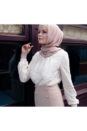 maxi skirt skirt - light pink turkish scarf scarf - white top