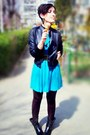 Black-harlem-backery-boots-turquoise-blue-flared-stradivarius-dress