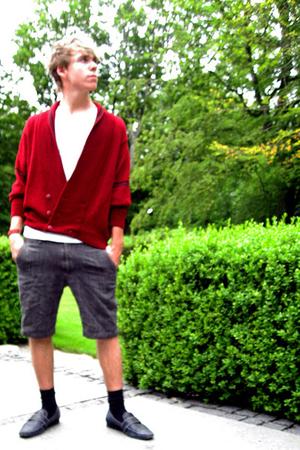blue leather Borsalino shoes - red MORGAN sweater - gray wool Club Monaco shorts