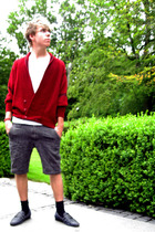 blue leather Borsalino shoes - red MORGAN sweater - gray wool Club Monaco shorts