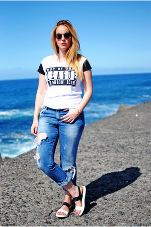 white Primark sandals - navy Zara jeans - black zeroUV sunglasses