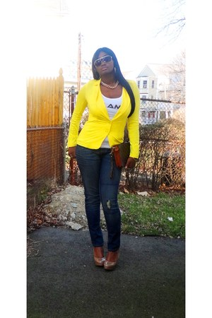 yellow blazer - Levis jeans - Louis Vuitton bag - Bakers pumps