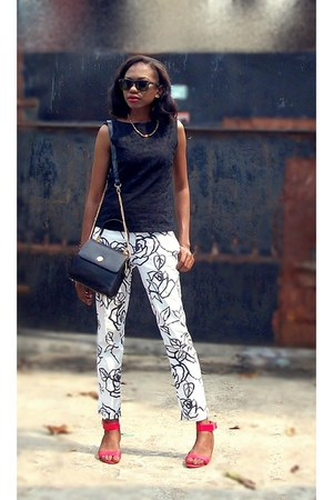 white printed pants - black eyelet lace shirt - black Kumkang Renoir bag