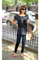 H&M t-shirt - Thrift Store necklace - Express belt - Uniqlo jeans - BCBGgirls sh