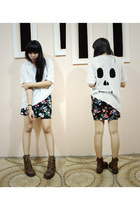 skull tee DIY t-shirt - brown unbranded boots
