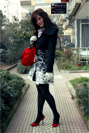 Rinascimento coat - Zara men shirt - skirt - Cutesy shoes - accessories - Park B