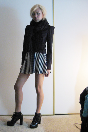 H&amp;M blazer - American Apparel dress - H&amp;M scarf - forever 21 shoes