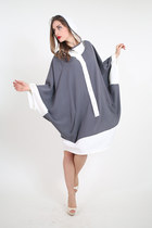 DELFT II: hooded tunic dress in a fine crepe wool. Handmade in Italy.