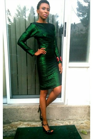 green cropped Bespoke top - green tube Bespoke dress