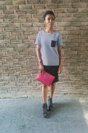 Old Navy top - black leather Topshop boots - hot pink clutch Old Navy bag