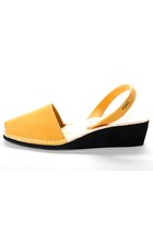 Yellow-avarcas-usa-wedges