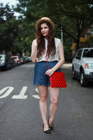 red polka dot salsit bag - blue denim PepaLoves shorts