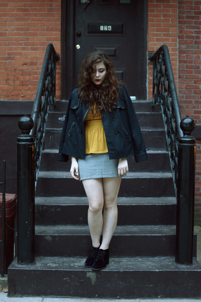 mustard peplum top gypsy warrior top - navy trench madewell jacket