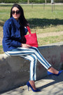 Navy-zara-shoes-navy-retro-jacket-white-oviesse-shirt-red-guess-bag
