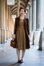 Tawny-vintage-dress-dark-brown-vintage-coat-brown-vintage-hat