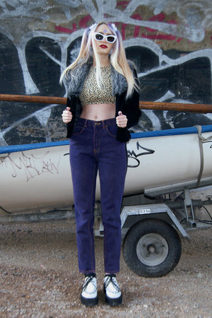light yellow crop top thrifted top - deep purple high waisted vintage jeans