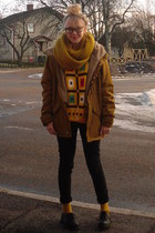 gold vintage sweater - black Din Sko shoes - black GINA TRICOT jeans