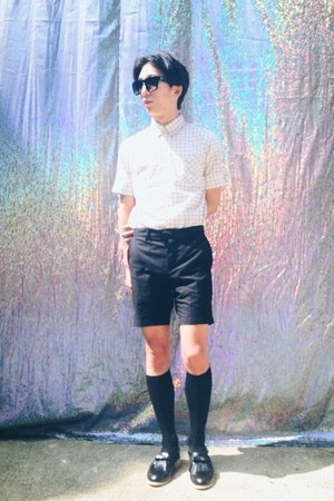 mixxmix shoes - Tokio shirt - skullism shorts