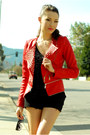 Red-queens-wardrobe-jacket-black-aldo-heels