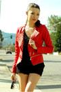 Red-queens-wardrobe-jacket-black-aldo-heels