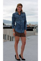 light brown leopard print Forever 21 shorts - blue western Levis shirt