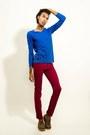 Blue-casaco-jacket-red-pants-pants