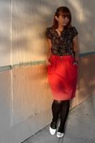 hot pink thrifted skirt - black Bass shoes - black Target tights - black Forever