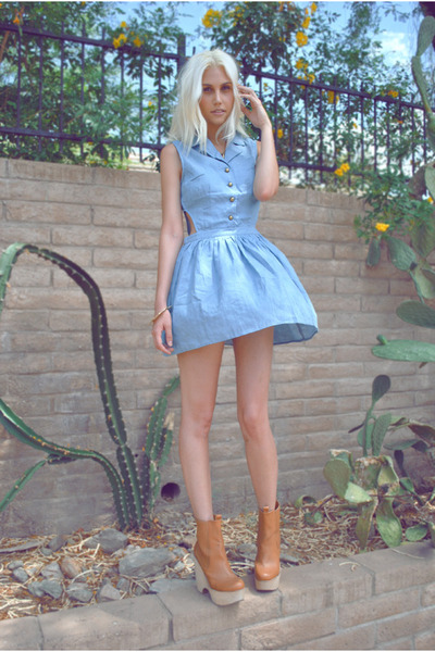 bronze wood Jeffrey Campbell boots - light blue cut-out denim luluscom dress