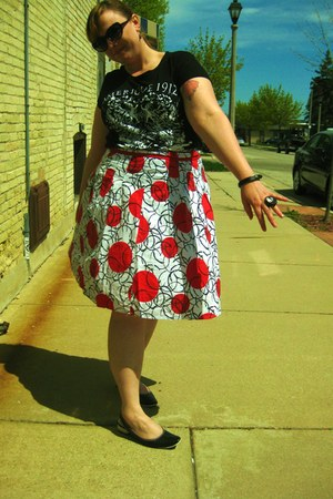 red Connection 18 skirt - black Fluevog shoes