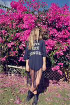 Wildfox dress - roscoe Jeffrey Campbell boots - wayfarer rayban sunglasses