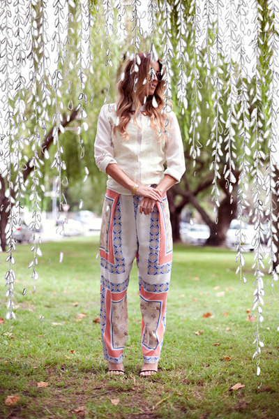 pajama style Maurie & Eve pants - ivory gold collar Maurie & Eve shirt