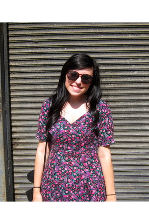 magenta cotton dress - dark brown Urban Outfitters sunglasses