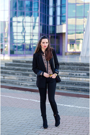 black H&M boots - black Tally Weijl jeans - black Tally Weijl blazer