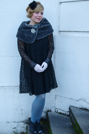 black Ann Young dress - blue La Maison Simons tights - white Dresso gloves - sil