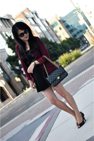 black pleated skirt H&M skirt - crimson burgundy blazer Talula blazer