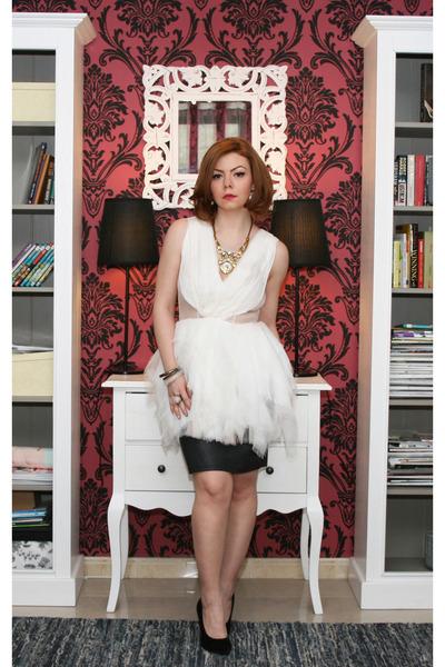 Nicole Enea dress