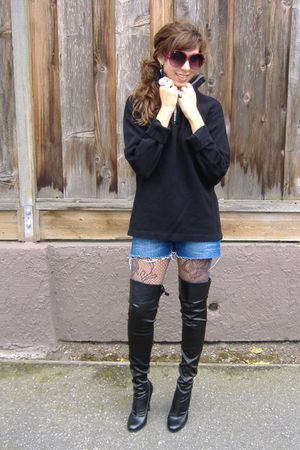 black Gap sweater - Guess shorts - black Victorias Secret boots - Forever 21 leg