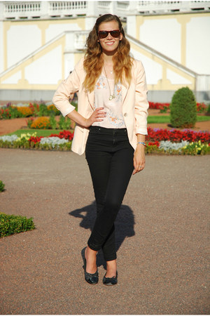 peach thrifted blazer - black Vero Moda jeans - neutral H&M top