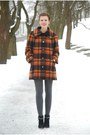 Black-marco-tozzi-boots-burnt-orange-plaid-vintage-coat