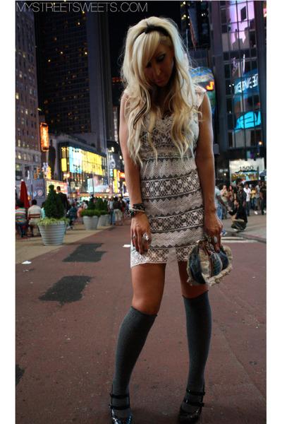 white vintage dress - black f21 shoes - vintage bag