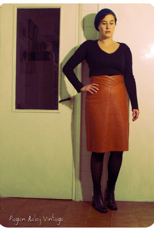 leather mustard vintage skirt