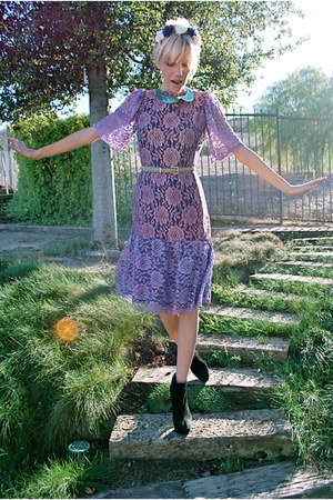 amethyst lace vintage dress - black boots Report boots