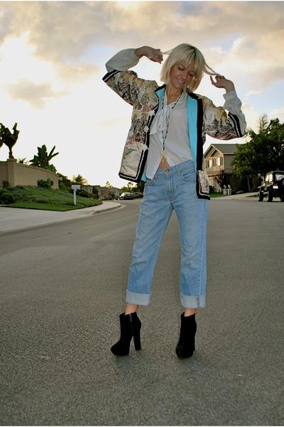 bronze kimono vintage coat - black Report boots - sky blue levis vintage jeans